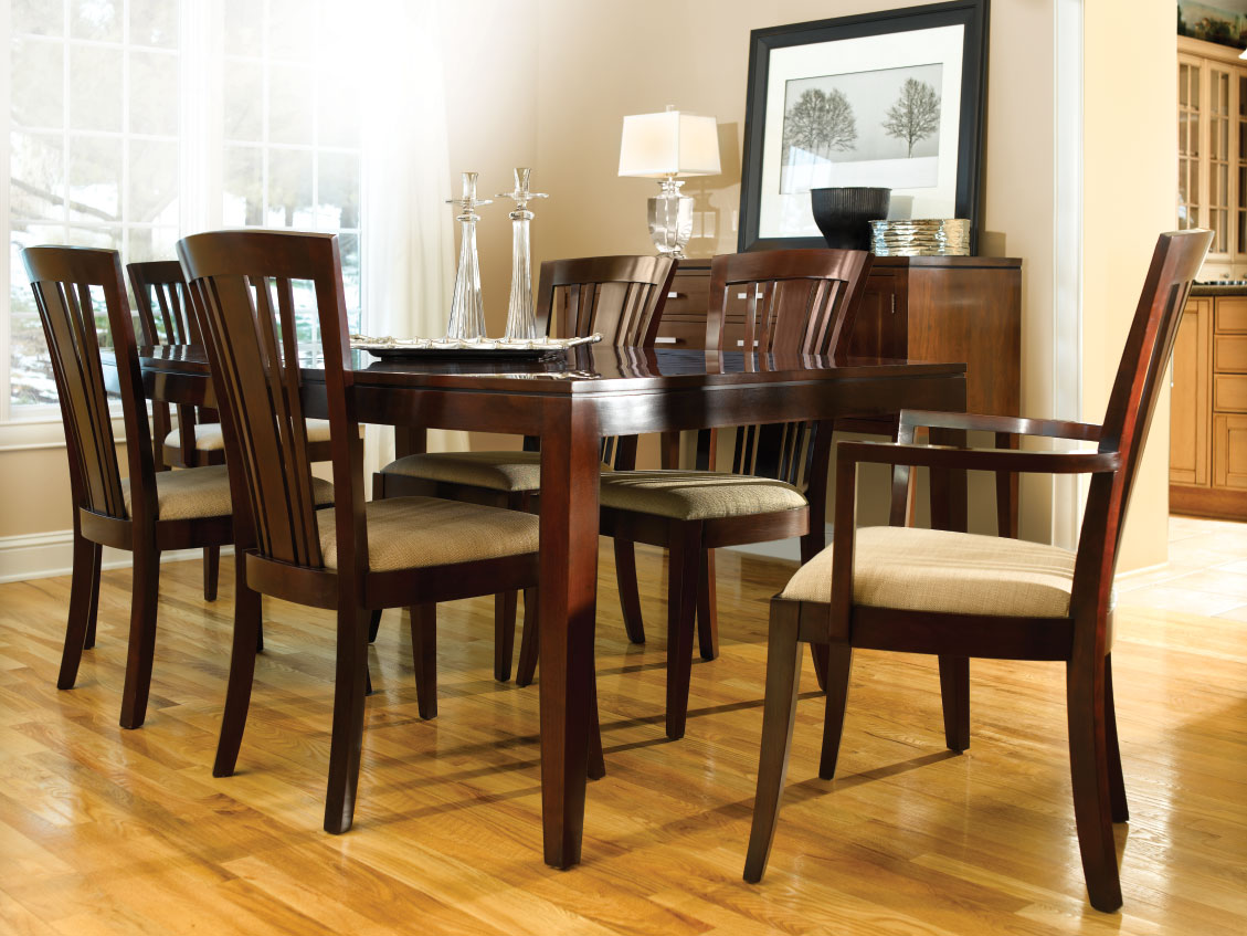 Fine Dining Room Tables And Chairs: Reid's Fine Furnishings